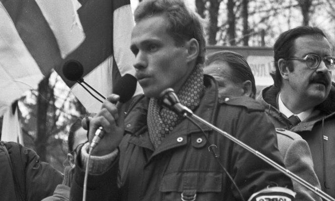 Сяржук Вітушка і МІхась Ткачоў, Дзяды 1990