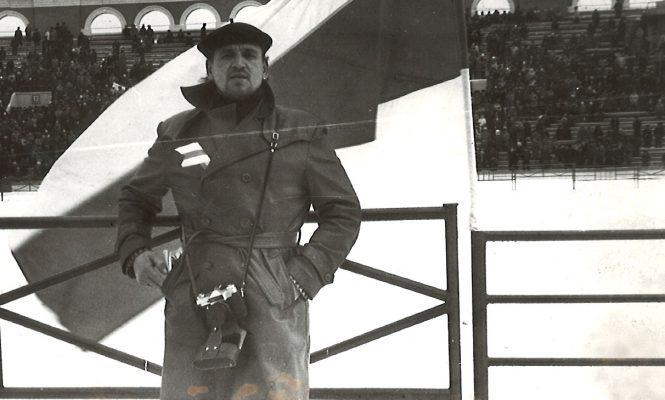 """Паэт Анатоль Сыс, мітынг на стадыёне """"Дынама"""", 19 лютага 1989 года"""